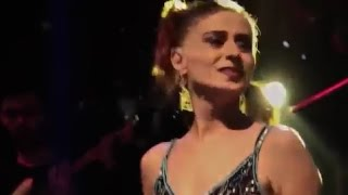 Video Yıldız Tilbe - Vazgeçemem Senden Asla ( CANLI ) download MP3, 3GP, MP4, WEBM, AVI, FLV November 2017
