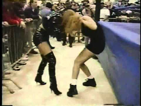 Missy Hyatt Vs Lady Alexandra Ecw Catfight 1996 Youtube