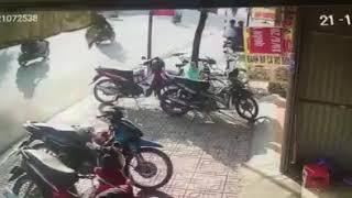 Trộm xe máy đang tẩu thoát bị người dân phát hiện tại Hội Nghĩa, Tân Uyên, Bình Dương