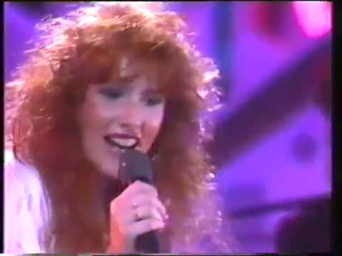 Tiffany - I Think We're Alone Now - Top Of The Pops - Number 13 - 1988