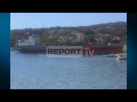 """Report TV - Lezhë, anija """"fantazmë"""" kërcënon ekosistemin në plazhin e Shëngjinit"""