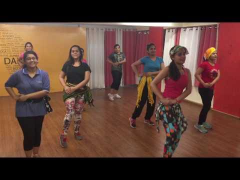 Badri ki dulhaniya , zumba workout by Kratika amola