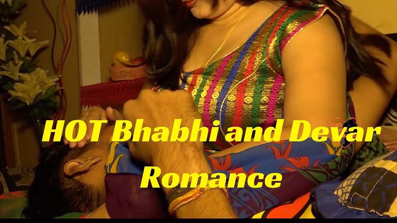 Download सेक्सी देसी किस.. hot Bhabhi ko devar ne raatbhar kiss kia ...