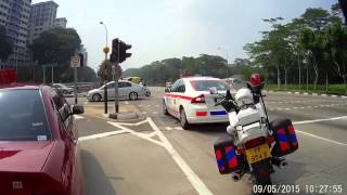 Singapore Traffic police rock & roll