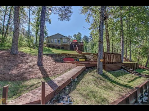 141-thomas-jackson-lake-ga-home-for-sale-in-beautiful-private-cove