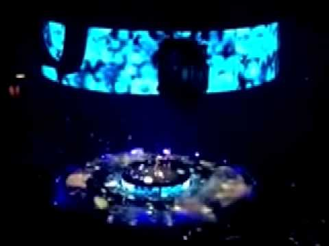 (Circus Tour) Im Scared Studio Version Britney Spears