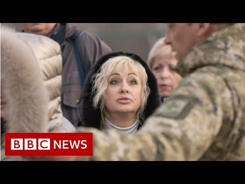 The killer queues of Ukraine - BBC News