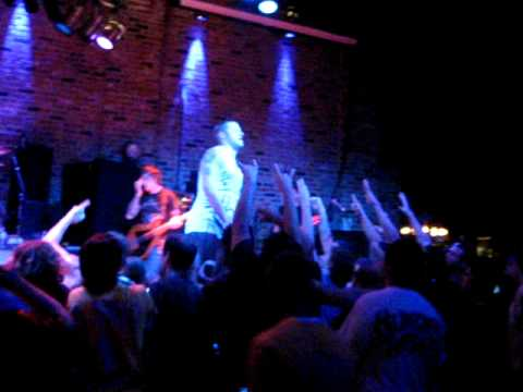 MISERY SIGNALS LIVE -  The Year Summer Ended in June