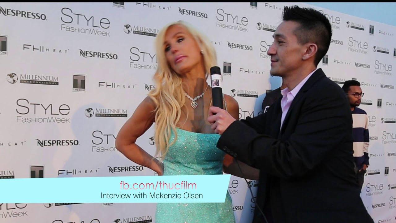 Olsen Twins Step Mom Mckenzie Olsen At La Fashion Week Red Carpet Interview Dede Allure Youtube