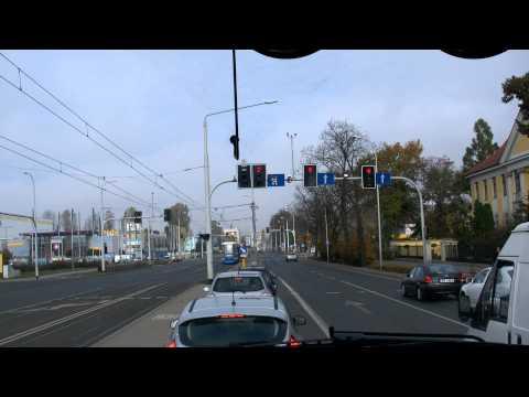 Zawracanie Na Skrzyżowaniu Z Sygnalizacją świetlną Na  Krakowskiej We Wrocławiu