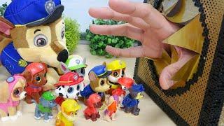 Paw Patrol vs Giant Hand Fight on Big Godzilla Face Mask Cute Puppy Toys