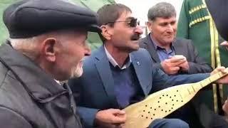 Дуэт на пандуре Магомедгаджи Хадисова и Далгата Омарова