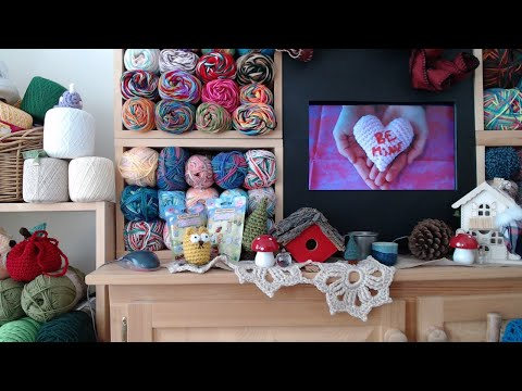 Coffee & Crochet – InStitches Family Crochet Party 32 – Part 1
