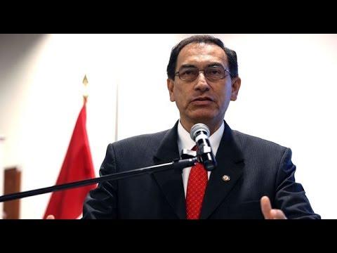 Martín Vizcarra es nuevo presidente de la República