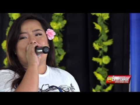 SUAB HMONG E-NEWS:  Lily Vang sings at 2016 Hmong National Labor Day Festival - 09/04/2016