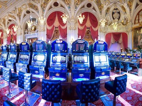 онлайн казино без вложений с выводом денег