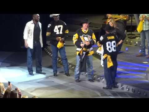 Garth Brooks Birthday Celebration With The Pittsburgh Steelers