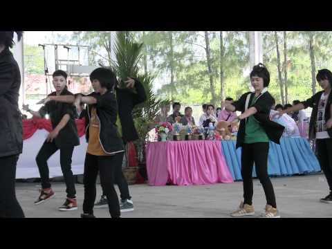 mr.simple cover dance by blackburnz บุรีรัมย์พิทยาคม