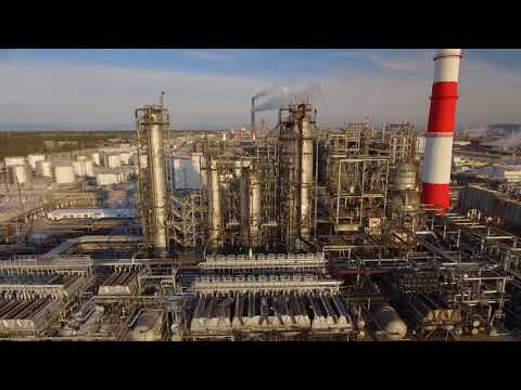Wireless Monitoring of Oil Refineries