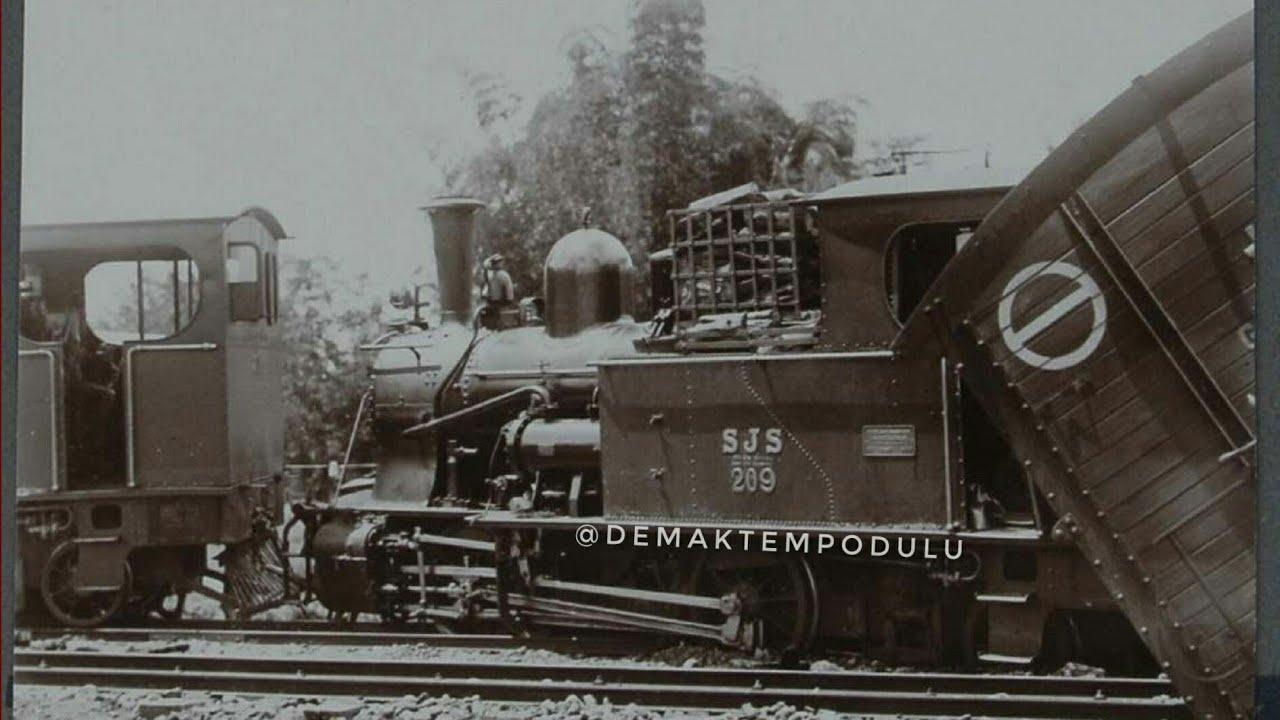 Perjalanan Kereta Api Jaman Dulu di Jawa Tengah - YouTube