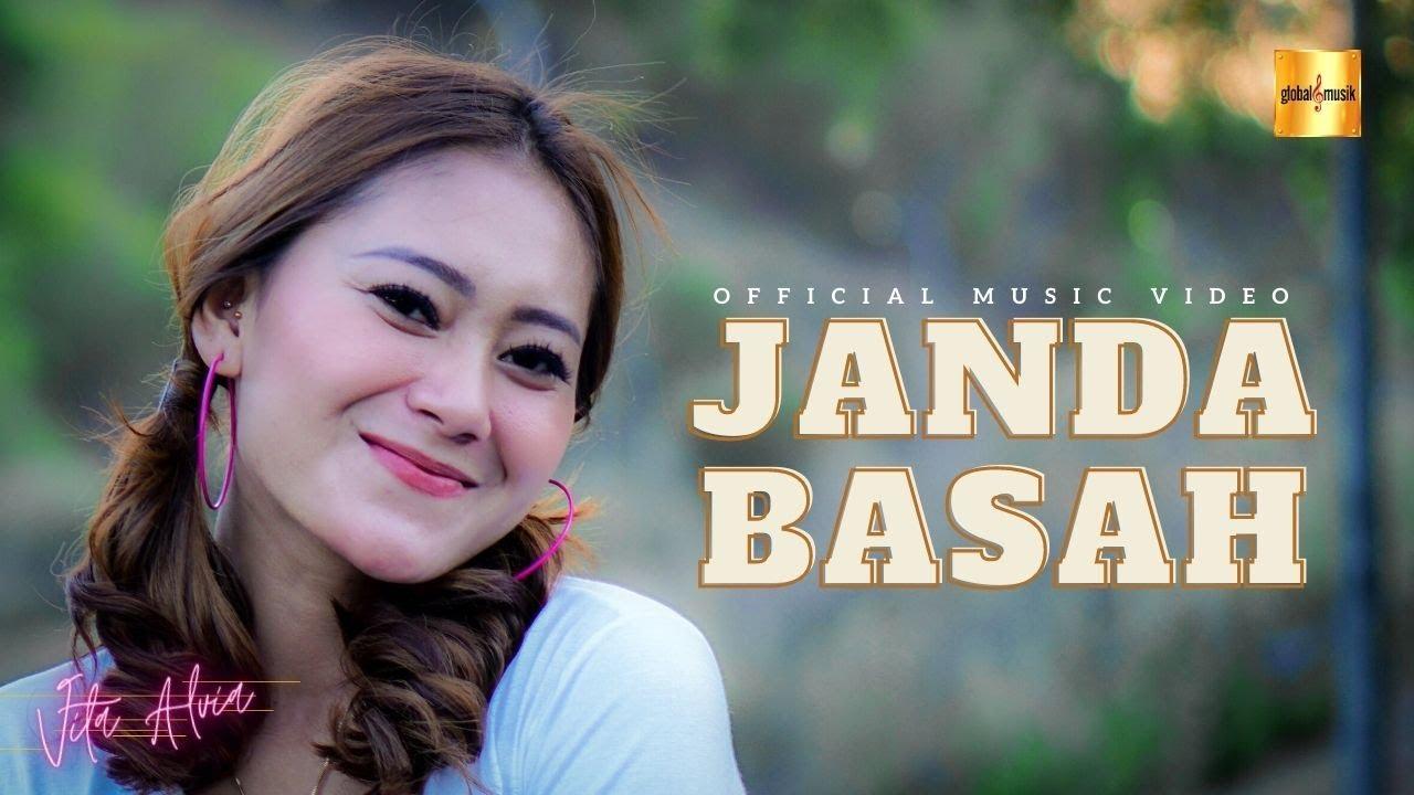 Download Vita Alvia - Janda Basah (Official Music Video)