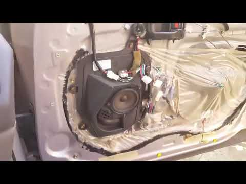 Replacing 1997 Toyota Avalon Speakers With Bmw Stock Speakers Youtube