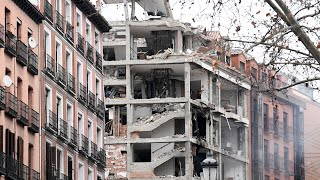 video: Three dead after gas leak explosion rips through building in Madrid