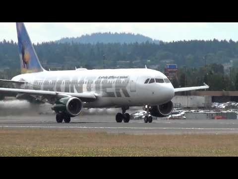 Frontier Airlines N213FR A320 Takeoff Portland Airport (PDX)