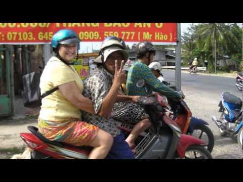 Vietnam and Mekong Delta ; Ancient Kingdoms Trip; OAT LV2122011.