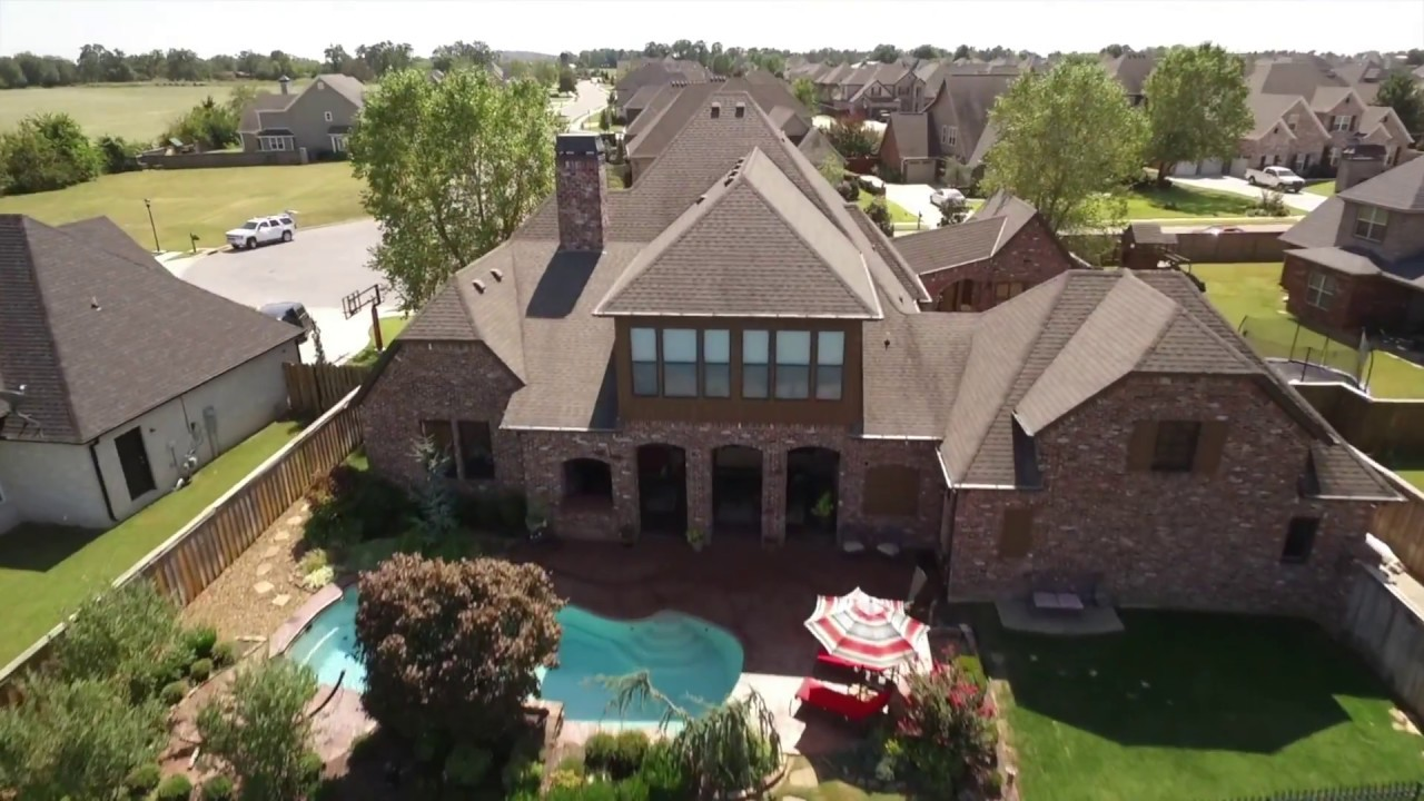 Parade Of Homes Home Of The Year For Sale In Rogers Ar Youtube