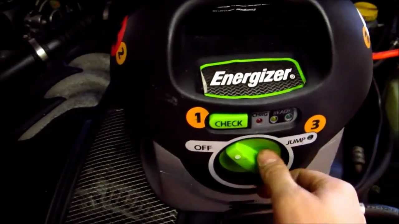 Jumping My Dead Car Battery With Energizer Jumpstart 400