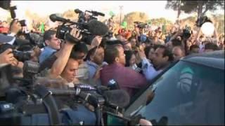 """Kadhafi accepte la """"feuille de route"""" de l"""