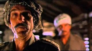 """""""J'ai été marié ..."""" — le colonel Denton Walters — Hot shot 2 (1993)"""