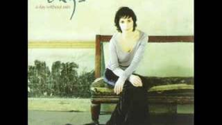 Enya 2000 A Day Without Rain 09 Pilgrim