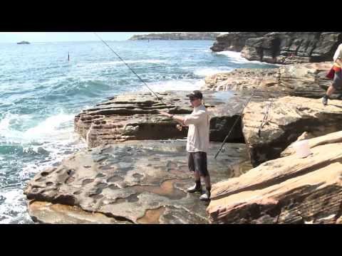 HOOKED S7 EP02 Blackfish Off The Rocks Sydney
