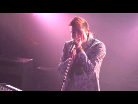 Walk the Moon - Different Colors (Live in NYC @ Terminal 5)
