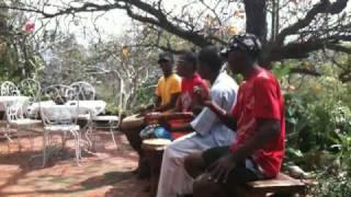 Awesome Malagasy Live Song - Ramena (Diego Suarez) - Madagascar