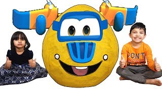 Super Wings Toys Donnie Giant Surprise Egg