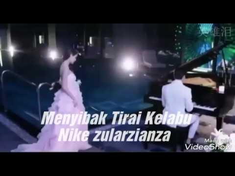 Nike Ardilla - Menyibak Tirai Kelabu...