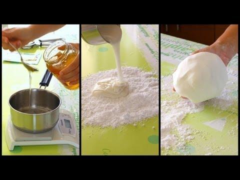 Come fare la pasta di zucchero in casa youtube for Come fare piano casa