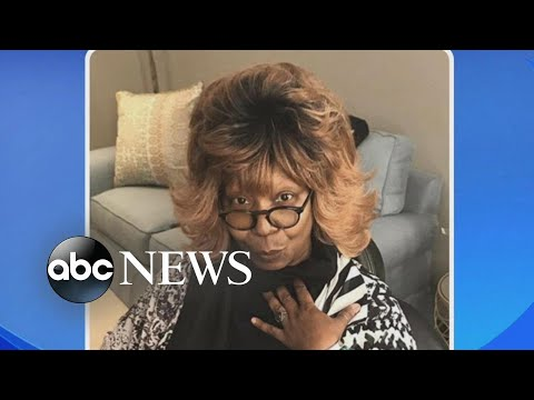 Donnie McClurkin - So funny! Whoopi Goldberg wants her hair to have own instagram!