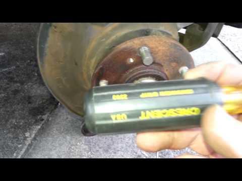 Honda CR-V Wheel Stud Job