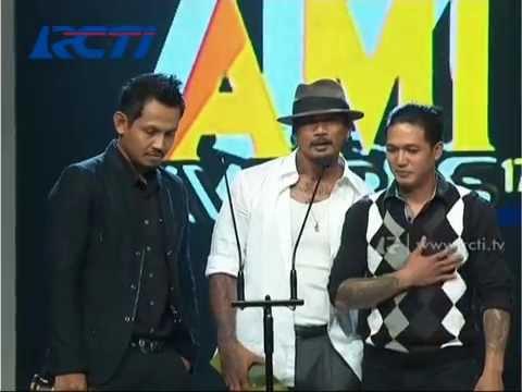 Superman Is Dead - Duo  Grup Rock Terbaik - AMI Awards 2014