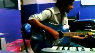 Gulabi Aankhein jo teri dekhi, Guitar and Vocals by Prabhat Singh