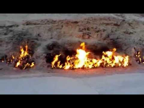 Yanar Dag, Montañas de fuego en Baku, Azerbaiyan www.etsyuts.com