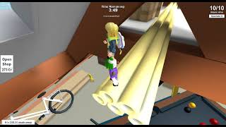 Playing Hide N Seek Tag Roblox
