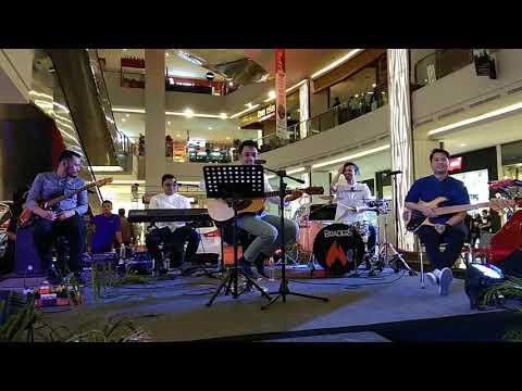SURGAMU (UNGU) LIVE COVERED BY THE DEAL (CHIKIN MUHAMMAD ft AMARKEYZ) CIREBON