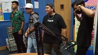 Download Lagu B-QUEXX - INI JALAN KAMI mp3