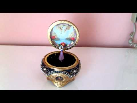 Anastasia Music Box-Once upon a December