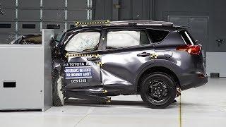 2013 Toyota RAV4 small overlap IIHS crash test
